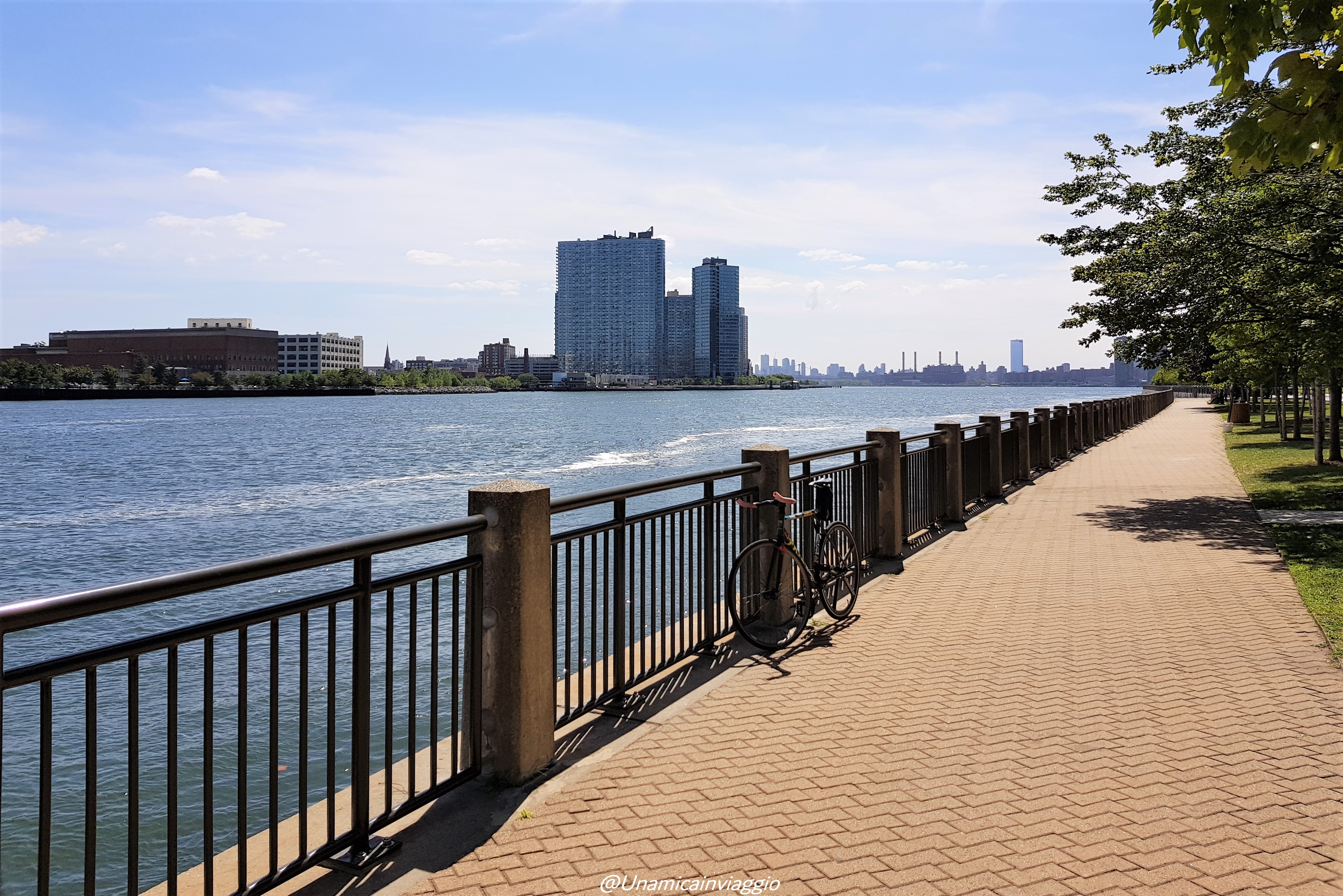 Cosa vedere a Roosevelt Island - skyline del Queens